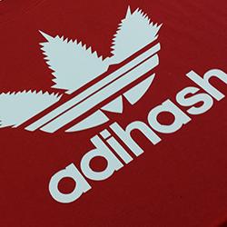 adihash koszulka z nadrukiem